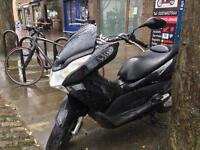 Honda pcx125 (2014) 12 months mot quick sale