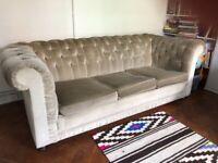 Sofa - Vintage, Velvet Chesterfield