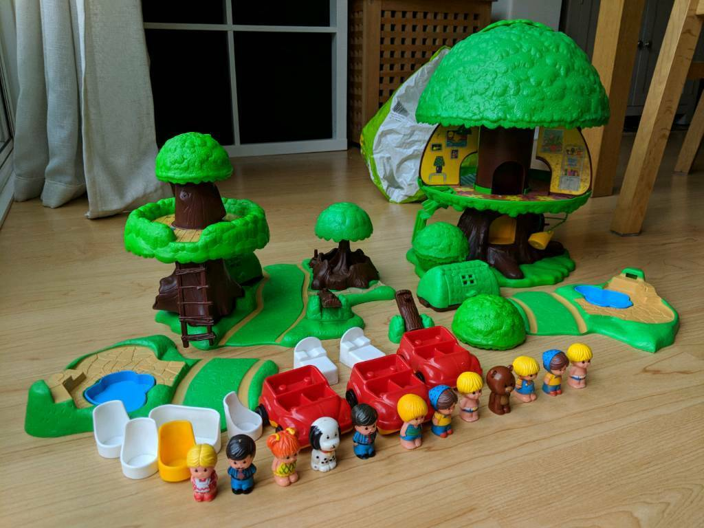 Palitoy Tree House Toy Set In Roundhay West Yorkshire