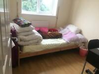 Lovely single room to let in 3 bedroom House rent £85 per week RM12 4TG.