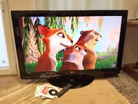 """LG 52LG5000 Full HD 1080p 52"""" LCD TV with build in freeview , 3x HDMI, Excellent Condition"""