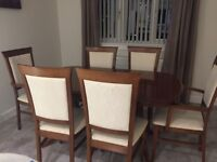 Extending Mahogany Dining Table and 6 Chairs