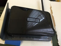 Hardly used Netgear router in very good condition only £10