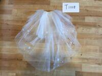 Ivory / White Bridal Wedding Veil