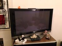 LG 42 inch PC1R - big HD TV, works great - i'm moving abroad and need to sell it :(