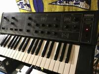 Yamaha CS5 analogue synth like moog