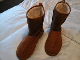 Ladies Boots. Uggs. M&S size 7. never worn. Black Leather. size 7-8. short. small heal.