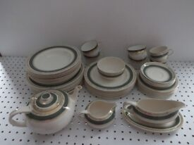 Crown Ducal Vintage Dinner & Tea Service in Olive Green & Gold in very good condition