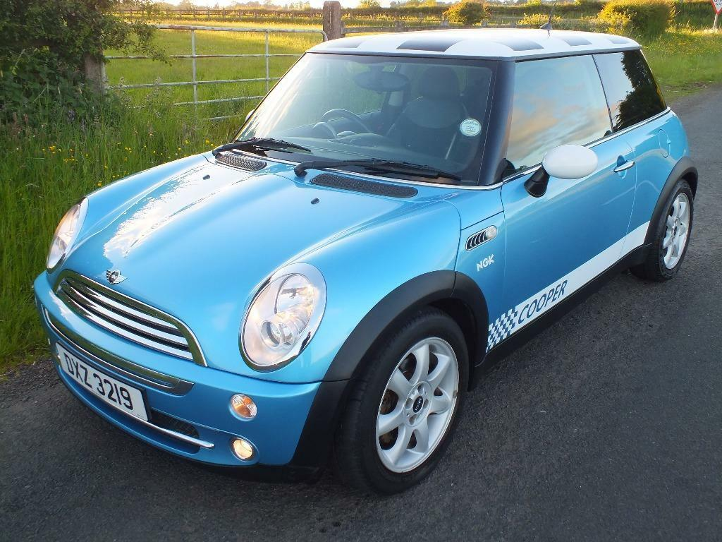totally mint nov 2004 mini cooper 1 6 baby blue metallic. Black Bedroom Furniture Sets. Home Design Ideas