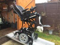 £5500 WORTH - TOP OF THE RANGE INVACARE TDX SP POWERCHAIR MOBILITY SCOOTER - TILT + RAISE