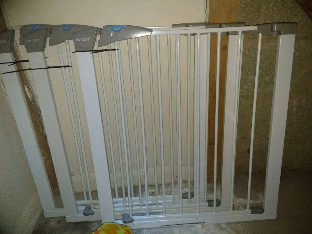 Lindam baby gates