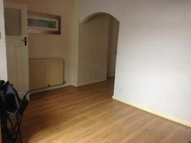2 Double bedroom Spacious End Terrace Open Plan 3 Reception Rooms, WN4