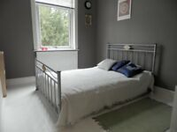 Two Rooms in great sharedhouse (no deposit, no fees)