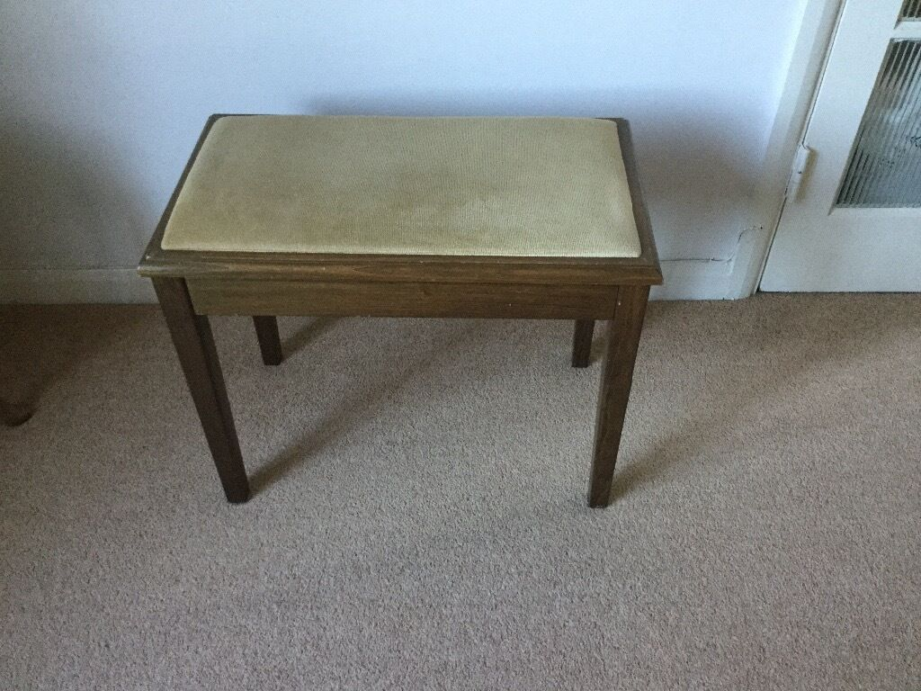 Modern piano stool - Modern Piano Stool With Great Storage Box Good Condition