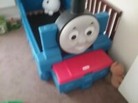 Lovley Thomas the Engine bed frame