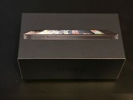 i phone 5 unlocked (excellent condition)
