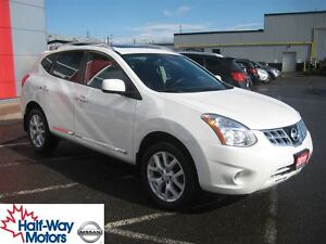 2011 Nissan Rogue SV | Great features!