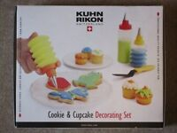 Cookie and Cupcake decorating set, never used