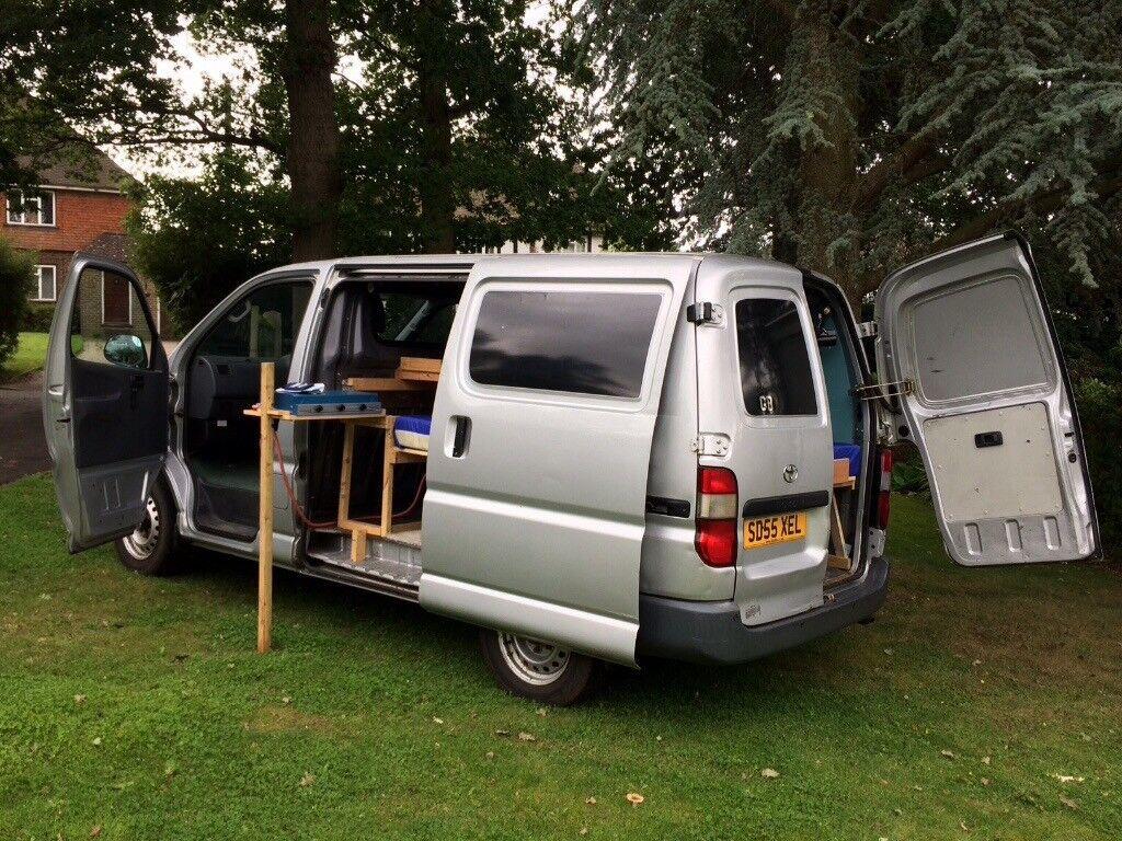 Toyota Hiace Semi Converted Camper Day Van