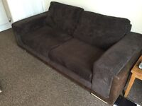 2 piece suite, 3 seater sofa and love seat