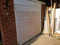 Retractable garage door 210 x 195cm