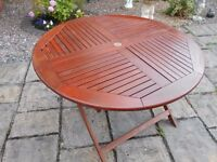 LARGE HARDWOOD GARDEN TABLE 48 INCHES DIAMETER