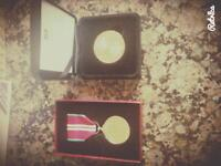 Queens Diamond Jubilee Medal & London 2012 Games Medallion.