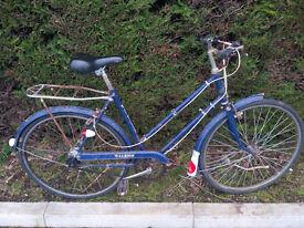 1970s Raleigh Wayfarer ladies' bike