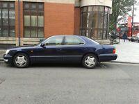 Lexus LS400 1998 Blue DVD Headrests - SOLD