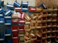 Plastic Storage Bins (Multiple Colours and Conditions)