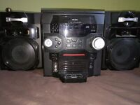 BUSH HI-FI SYSTEM 5 CD CHANGER, LOUD SPEAKERS FULLY WORKING CONDITION WORTH £130