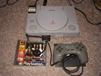 PLAYSTATION 1 ORIGINAL WITH GAMES
