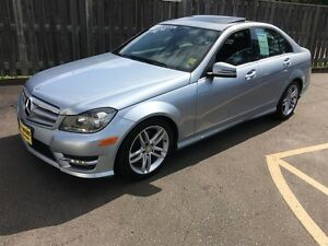 2013 Mercedes-Benz C-Class 300, Automatic, Navigation, Leather,