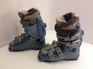 Salomon Evolution 7.0 women's ski boots, size 23.5 Mondo, flex 50 - 60