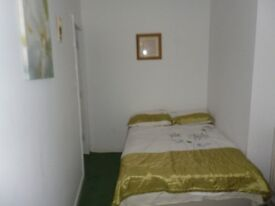 1 Bedroom flat to let in Bolton lancs No Dss. ref & deposit