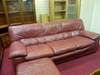 LEATHER 3 PIECE SUITE & TWO CHAIRS WITH POUFFE