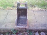 mini digger bucket not to old great condition 23cm wide