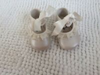 Beautiful baby shoes from Spain - approx 6 months age/size
