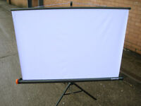 Vintage 'Reflecta' Slide Projector Screen & Stand VGC (WH_2554)