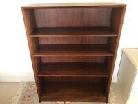 Jarrod wooden bookshelf