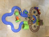 Happyland / ELC Train & Safari Set