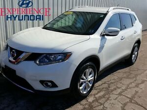 2016 Nissan Rogue SV ALL WHEEL DRIVE | FACTORY WARRANTY | BACK U