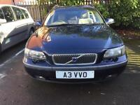 Volvo V70 2.4 AITOMATIC drives great long Mot massive space hpi clear
