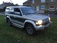 Winter 4wd Mitsubishi pajero exceed 2.5 turbo diesel automatic 7 seater mot august 2018