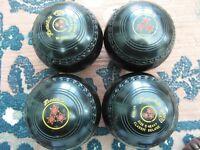 Henselite Classic Lawn Bowls excellent order