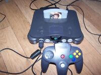 Nintendo 64 N64 with all leads + Goldeneye Game