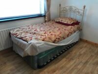 Single bed with pull out second single bed
