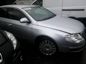 Vw passat 2.0tdi 2009 breaking for spares