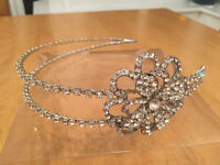Stunning bridal Headpiece - vintage style - worn once and in immaculate condition