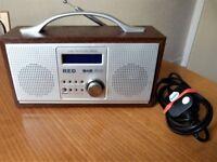 Sainsbury's RED WOODEN CLASSIC DAB / FM Digital Portable Radio.Model No.583-259 & Telescopic Aerial.